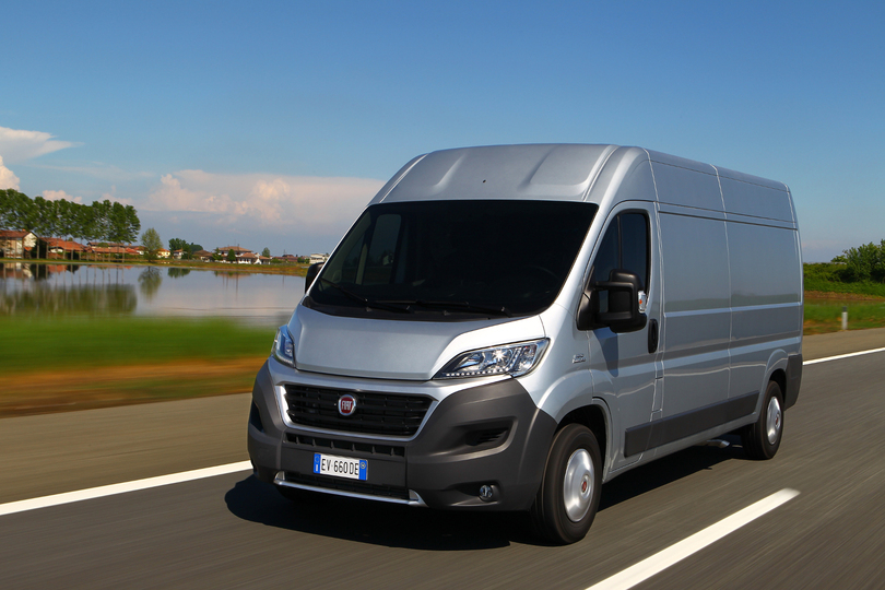 fiat ducato muss in die werkstatt transporter. Black Bedroom Furniture Sets. Home Design Ideas
